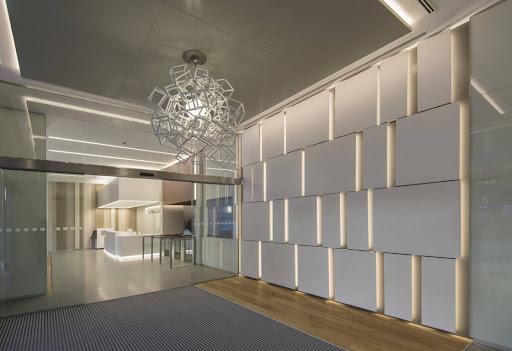 Vestíbulo en edificio | Constructora Ediar, S.L.U.